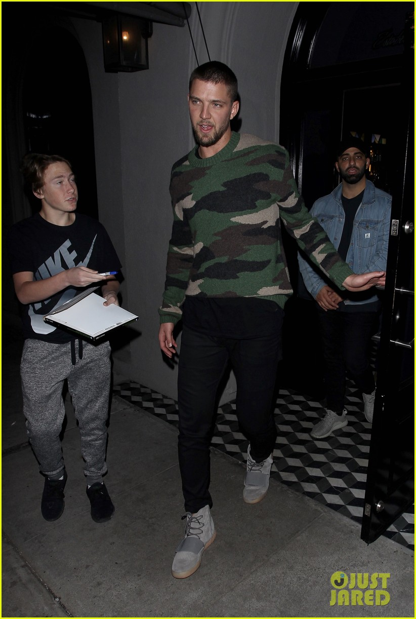 Kendall jenner hits the town with ex chandler parsons after grizzlies