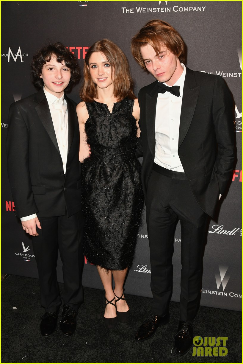 stranger things party netflix 2017 globes 063839965