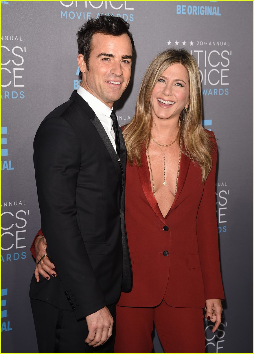 justin theroux left golden globes early for sweet reason 013840481