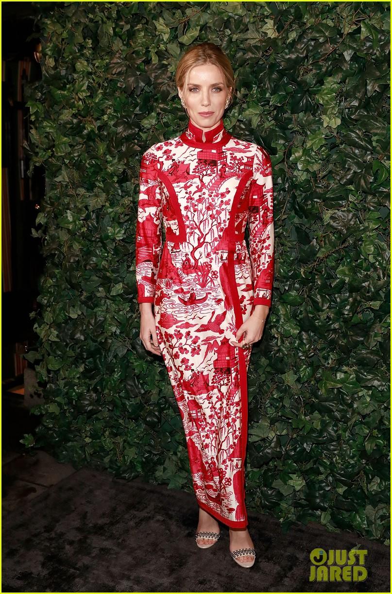 Emilia Clarke Thandie Newton Caitriona Balfe Glam Up To Catriona Rosy Shoulder Bag Maroon Celebrate The Baftas Photo 3857456 Annabelle Wallis Anya Taylor Joy