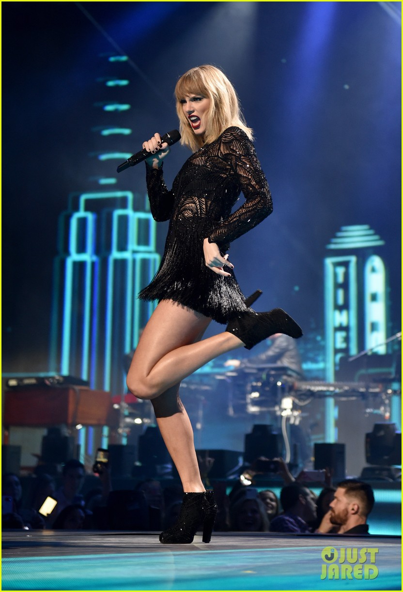 taylor swift better man all too well super saturday concert 013853222