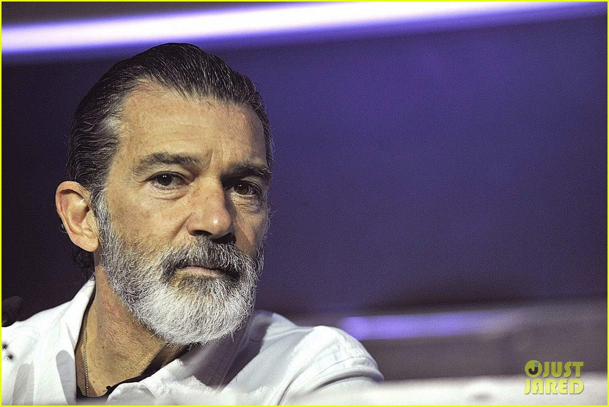Antonio Banderas Looks Healthy at Malaga Film Festival ...