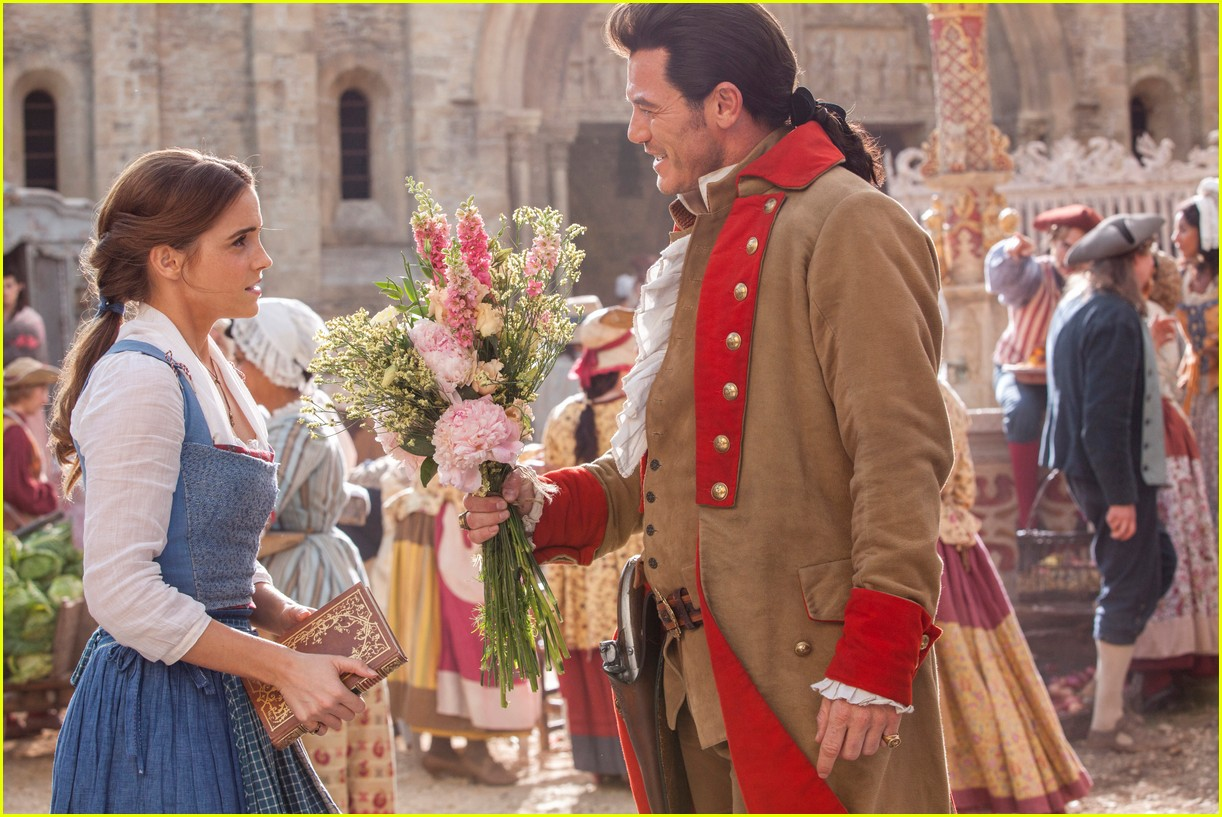 beauty and the beast stills 013872155