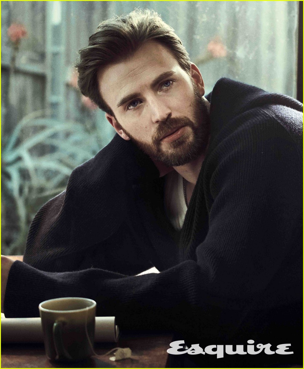 chris evans esquire april 2017 013874082