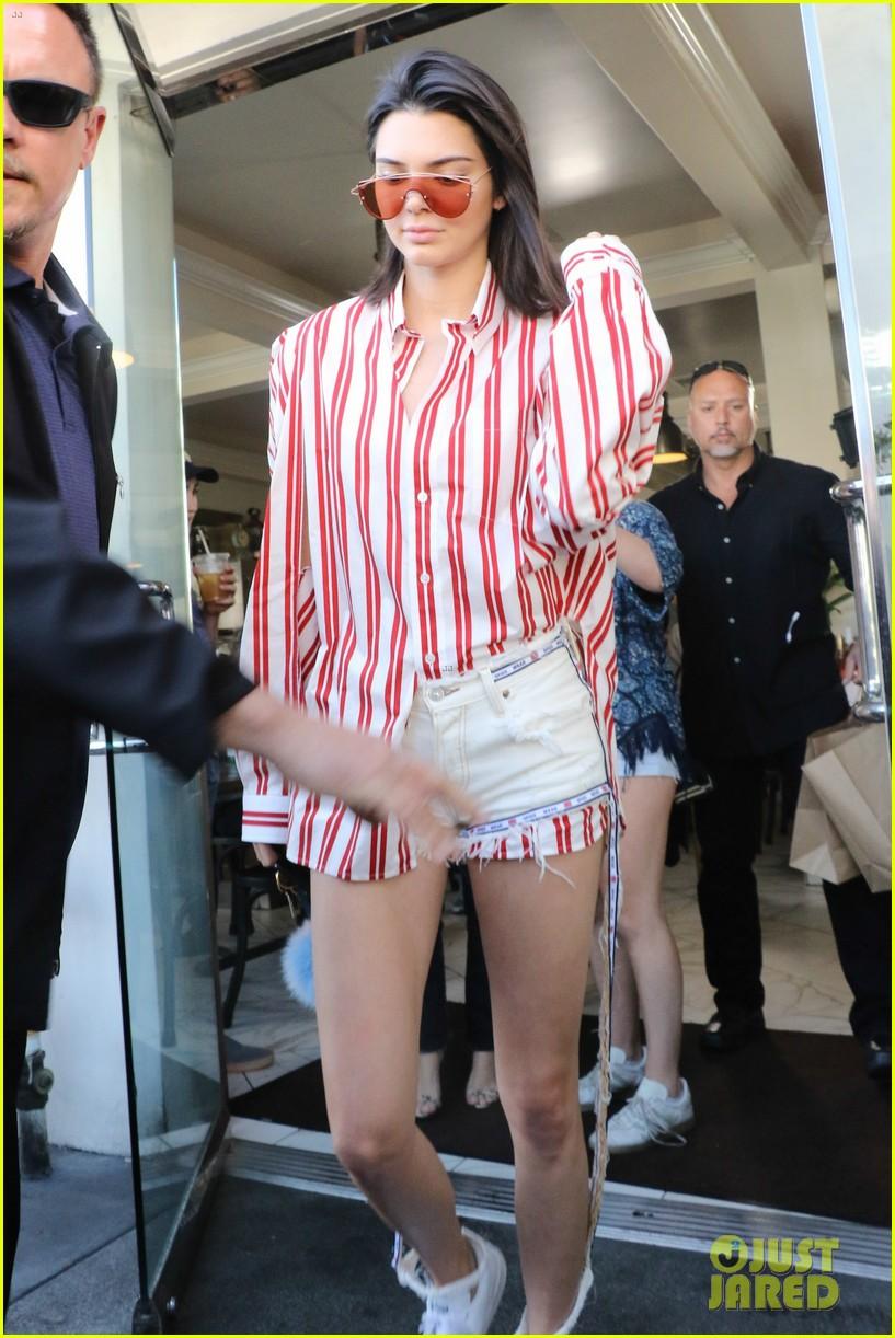 Kim Kardashian Is Getting Her Uterus Repaired Kim Kardashian