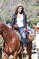 rachel lindsay films horse back riding date for the bachelorette 01