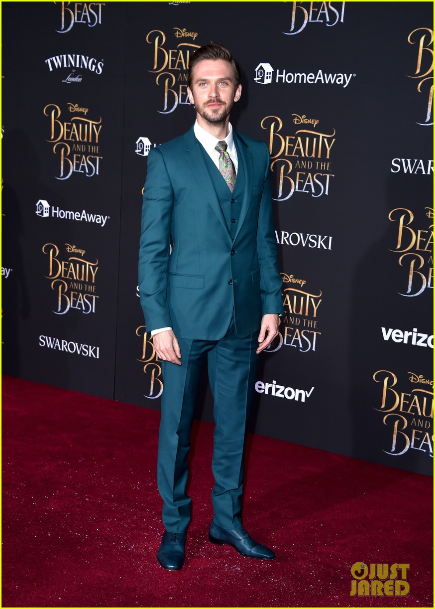dan luke suit up for the beauty beast premiere 023869369