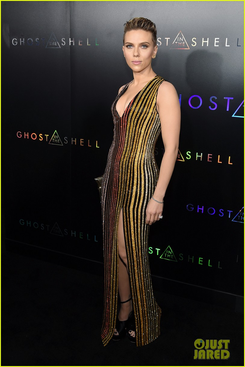 scarlett johansson michael pitt attend the ghost in the shell 033879918