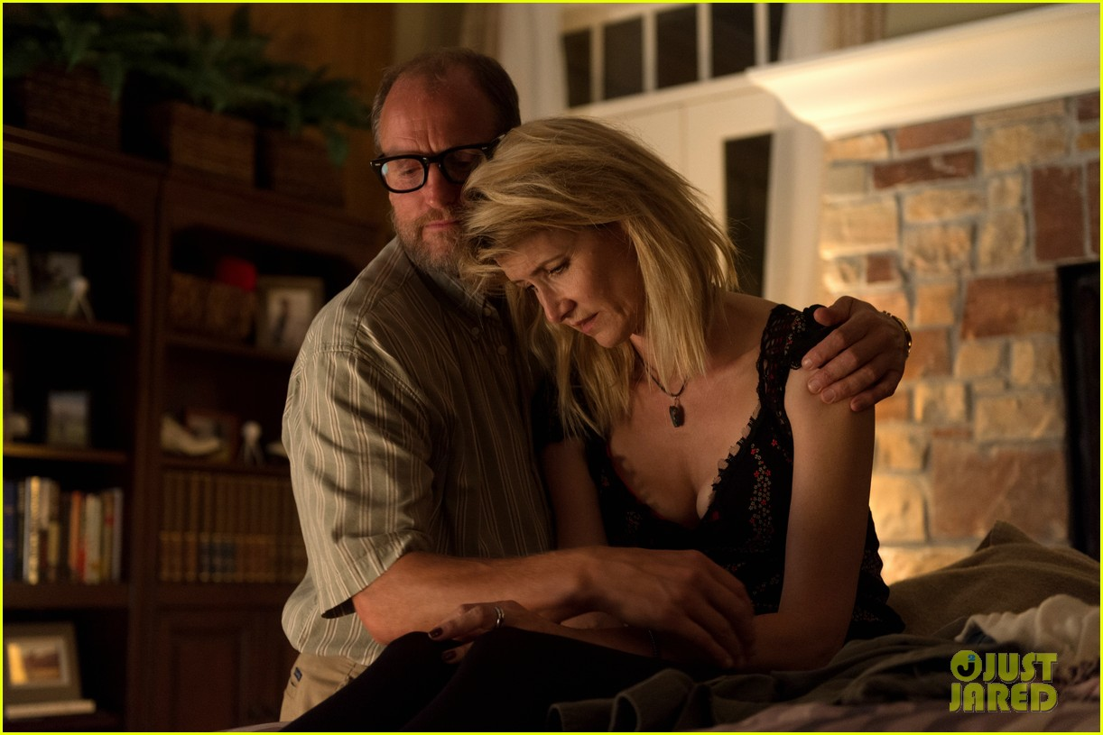 woody harrelson laura dern wilson movie photos 043875252