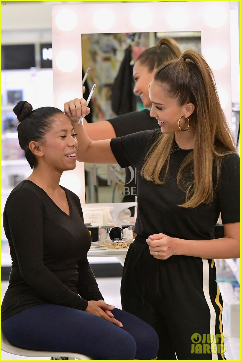 jessica alba hosts honest beauty makeup takeover in nyc 033882266