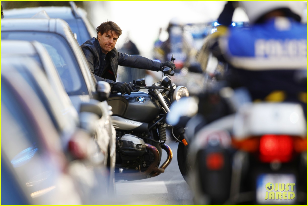 tom cruise motorcycle mission impossible 6 063884718