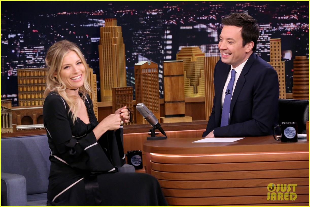 sienna miller plays gross food game secret ingredient on tonight show 043888382