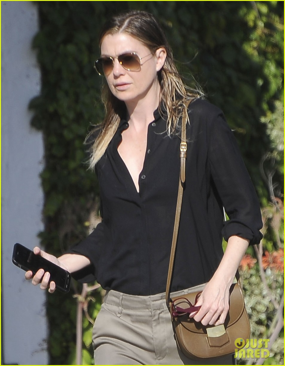 ellen pompeo heads to a meetng in a 023888864