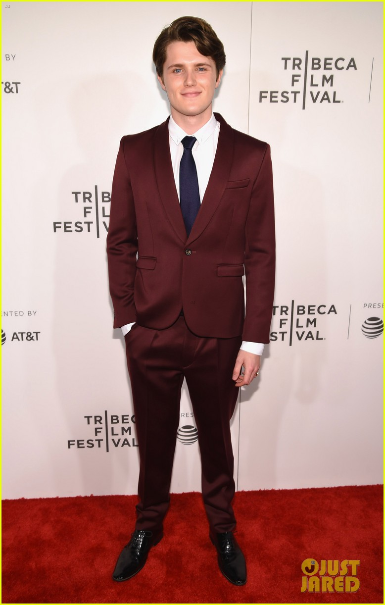 tr knight geoffrey rush premiere genius at tribeca 133888760