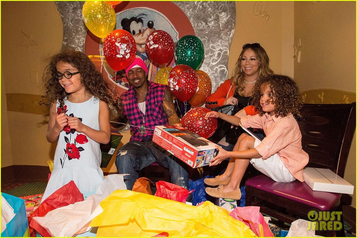 Mariah Carey & Nick Cannon Reunite at Disney for Moroccan ...