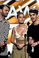 chainsmokers billboard music awards 2017 performance 05