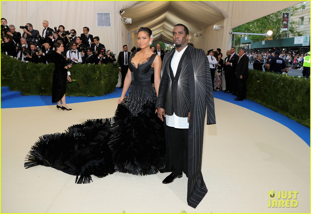 diddy explains why he laid on met gala stairs 033894220