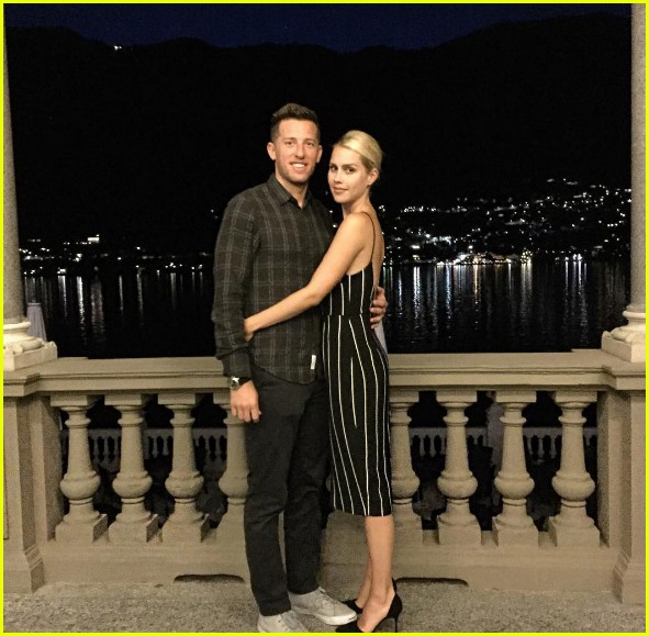 claire holt husband matthew kaplan split 043895292