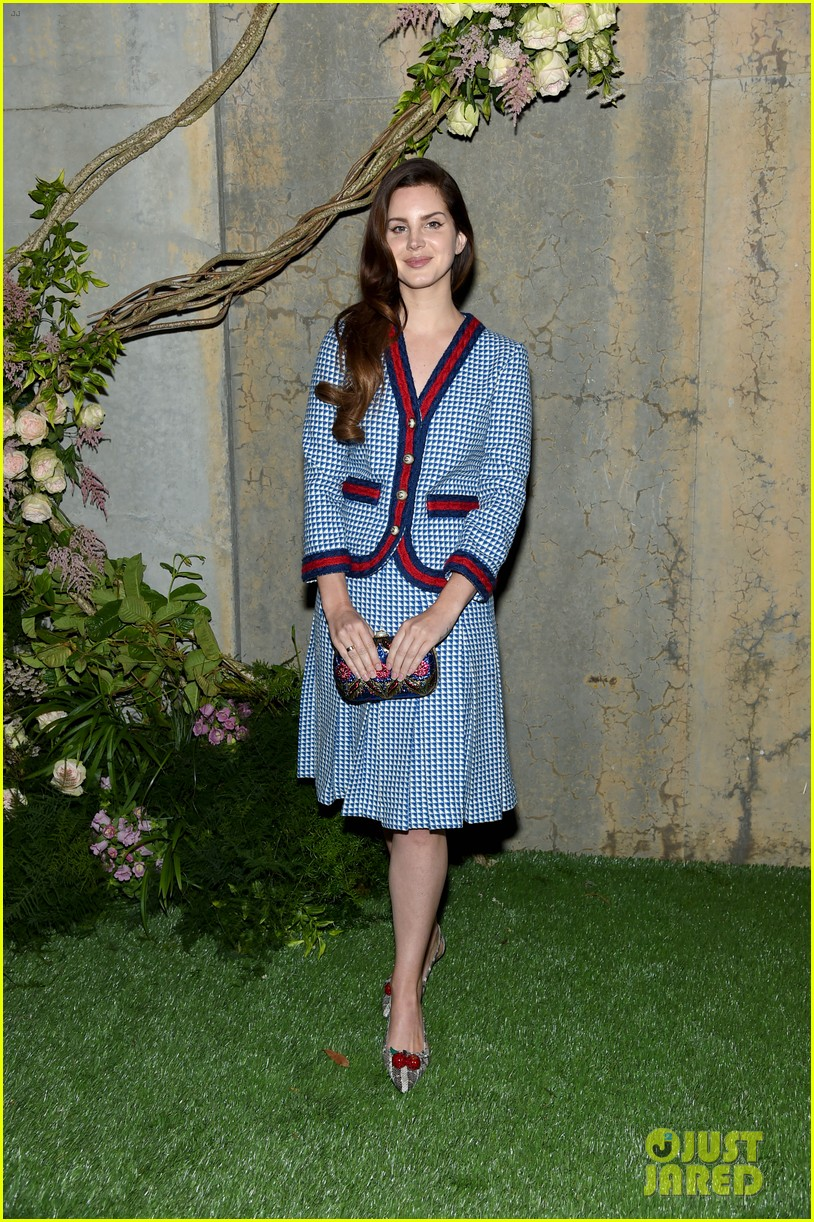 Lana Del Rey Joins Dakota Johnson At Gucci S Nyc Event