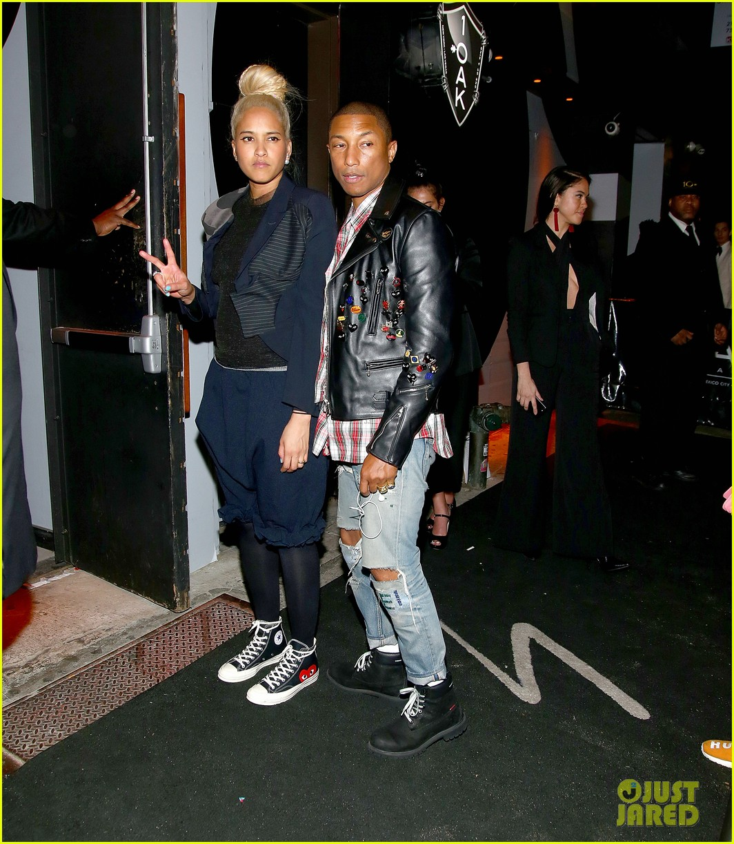 pharrell williams wife helen lets her arms loose for met gala after party 2017 043893796