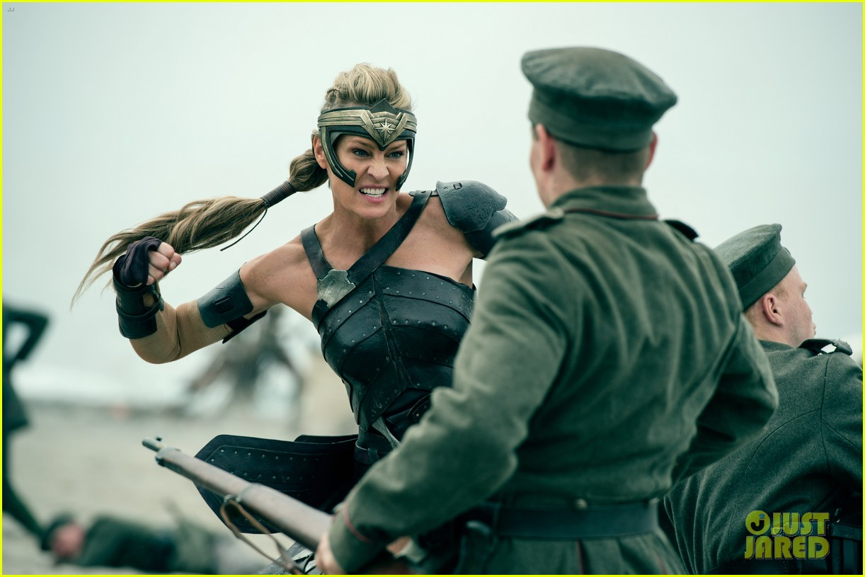 'Wonder Woman' Movie Stills - See More Than 50 Photos ...