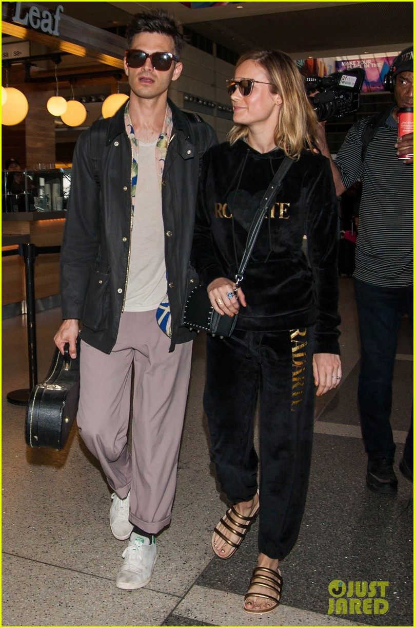 brie larson fiance alec greenwald couple up at lax 053922142