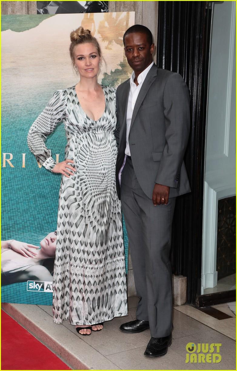 Pregnant Julia Stiles Cradles Baby Bump At Tv Launch Event