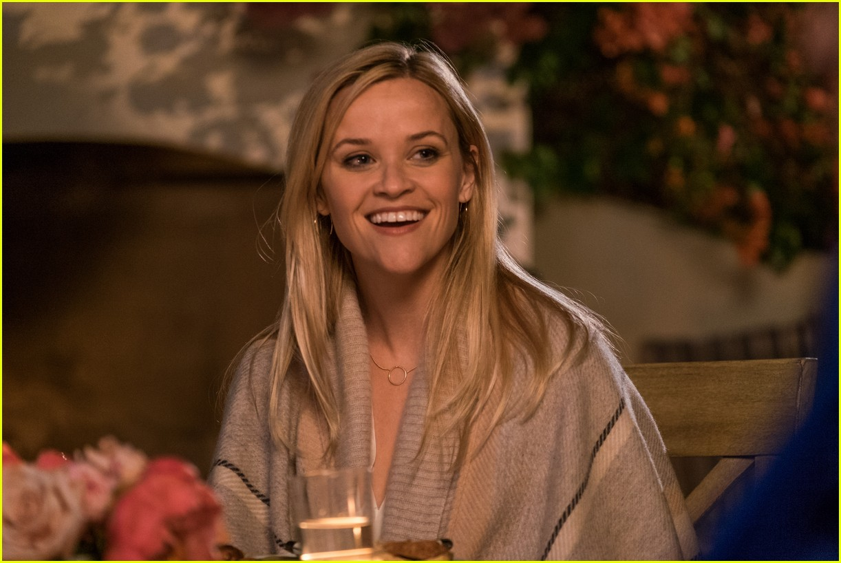 reese witherspoon falls for younger guy in home again trailer 023915249