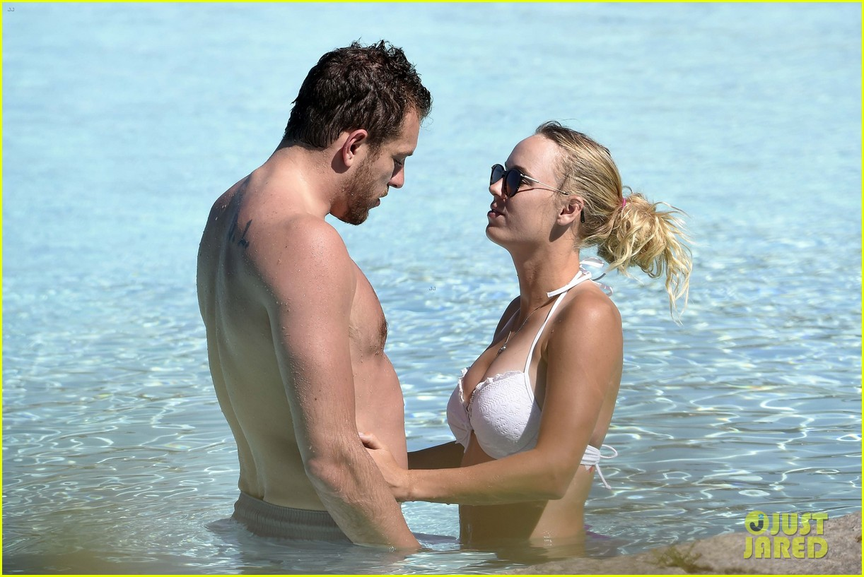 caroline wozniacki david lee beach bodies pda italy 053913884