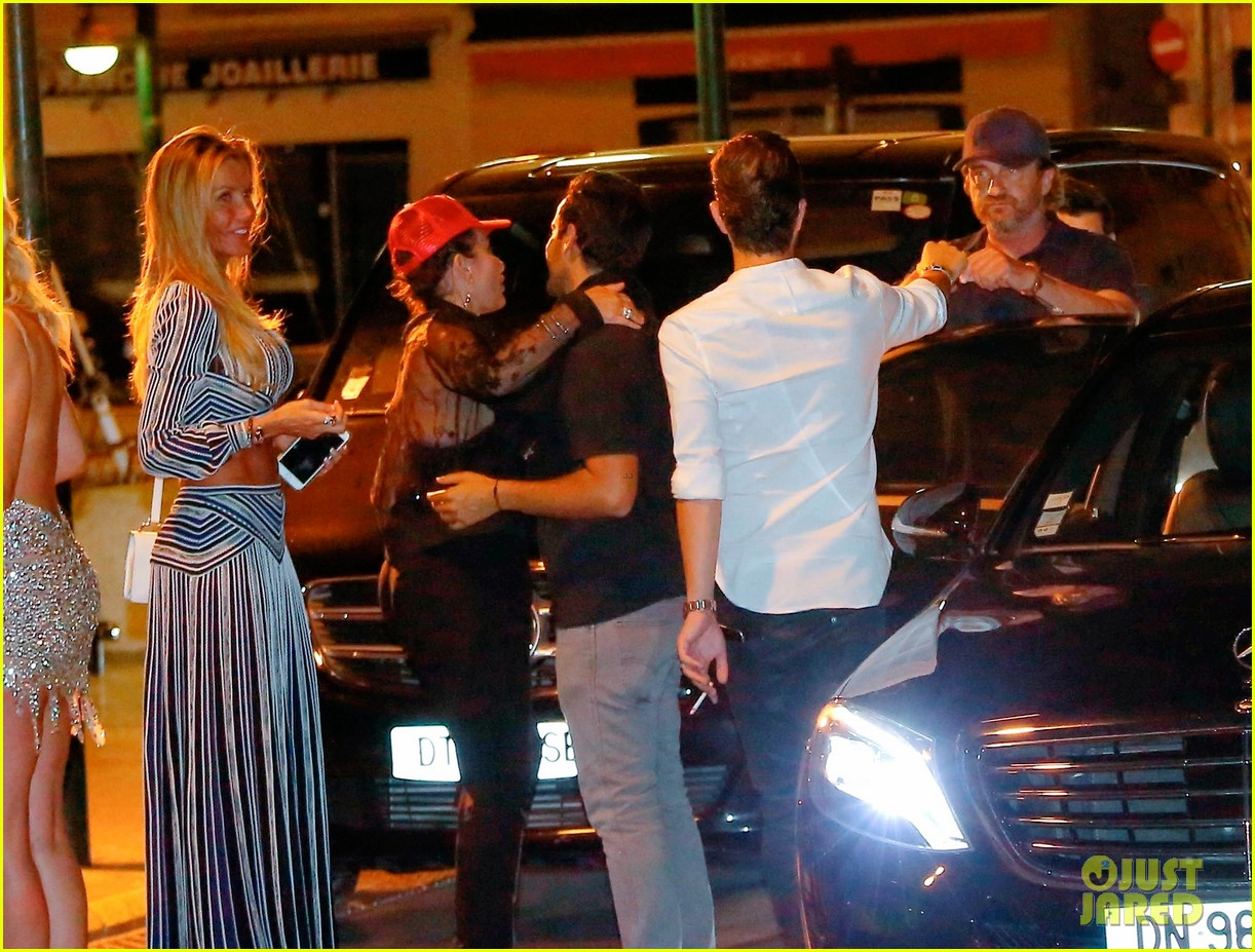 gerard butler enjoys cabaret night out in saint tropez 01