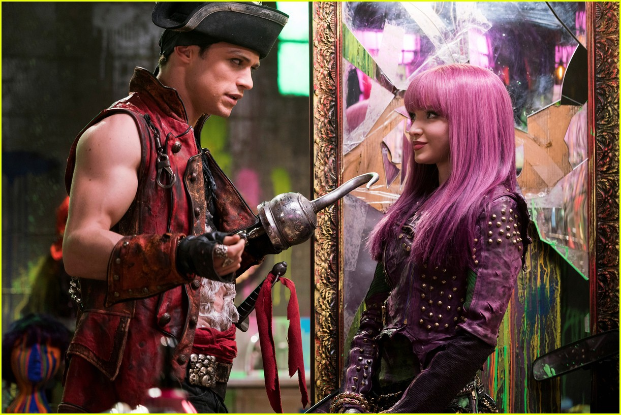 Disney's 'Descendants 2' - Full Cast & Songs List!: Photo ...