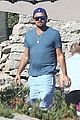 leonardo dicaprio hangs out shirtless with orlando bloom tobey maguire and more 01