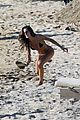 izabel goulart boyfriend kevin trapp flaunt pda at the beach 14