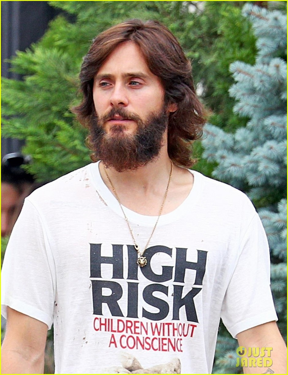 jared leto shows off his full beard in nyc 023930454