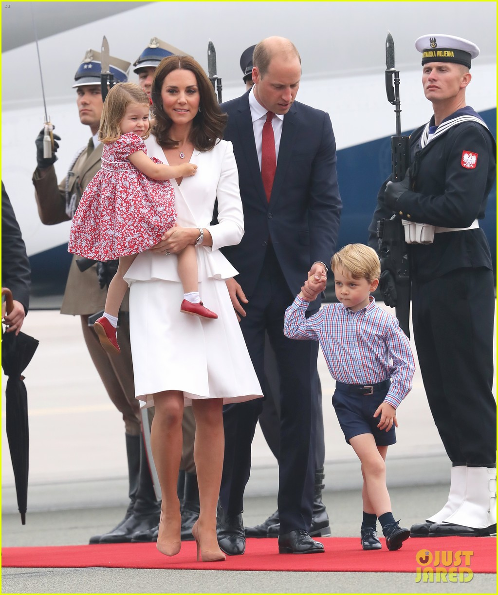 kate middleton prince william arrive in poland with george charlotte 053929244