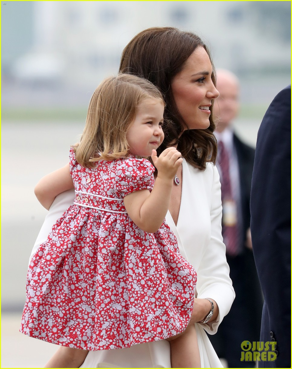 kate middleton prince william arrive in poland with george charlotte 083929247