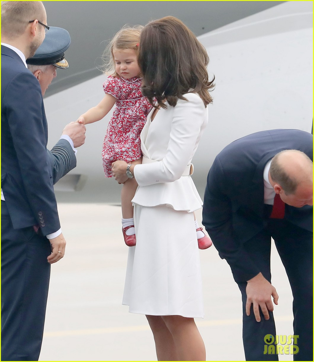 kate middleton prince william arrive in poland with george charlotte 253929264