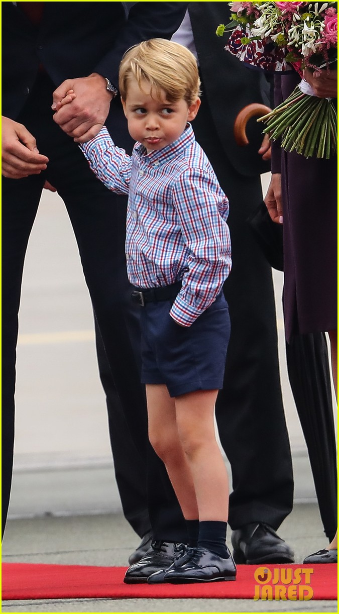 kate middleton prince william arrive in poland with george charlotte 363929275
