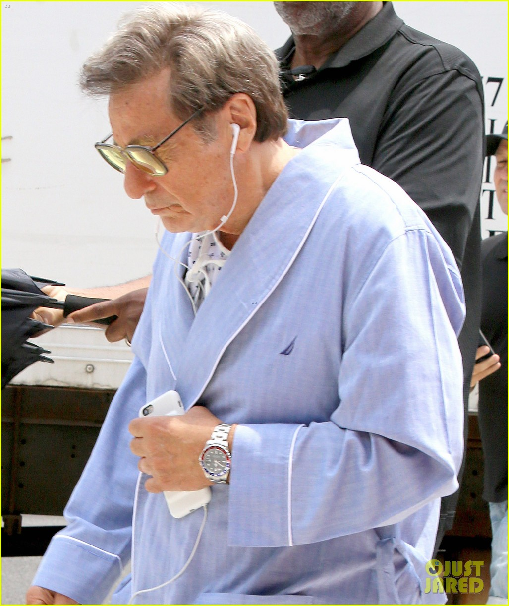 al pacino seen in character as joe paterno on sun valley set 023929435