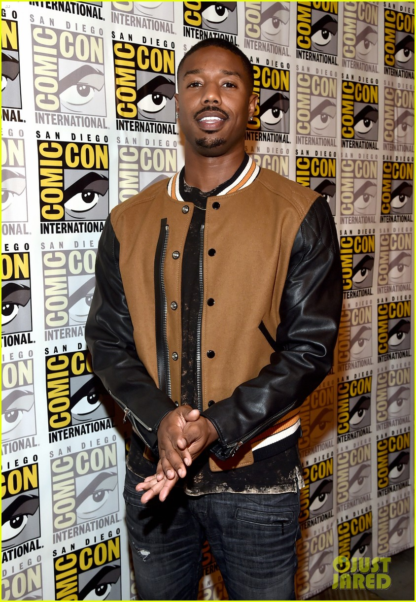 black panther cast debuts new movie poster at comic con 033932449