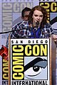 shannon purser surprises stranger things cast at comic con 03