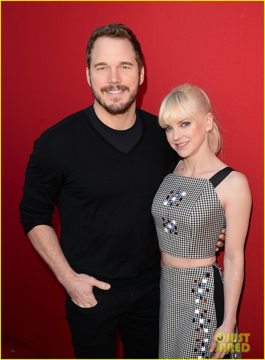 anna faris chris pratt announce they are separating 123938543