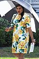 pregnant mindy kaling films mindy project in a floral dress 08