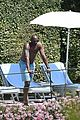 kobe bryant shirtless portofino 04