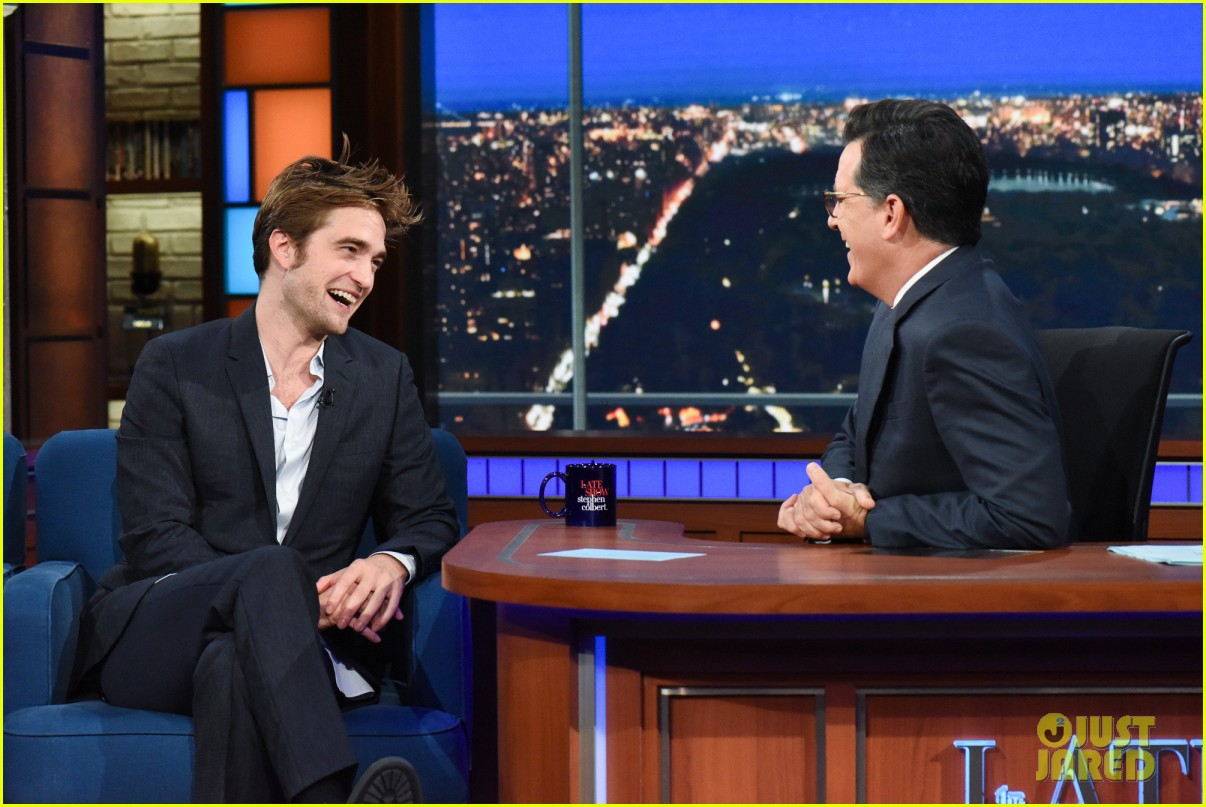 robert pattinson tells stephen colbert good time is 90 minute panic attack 013940486