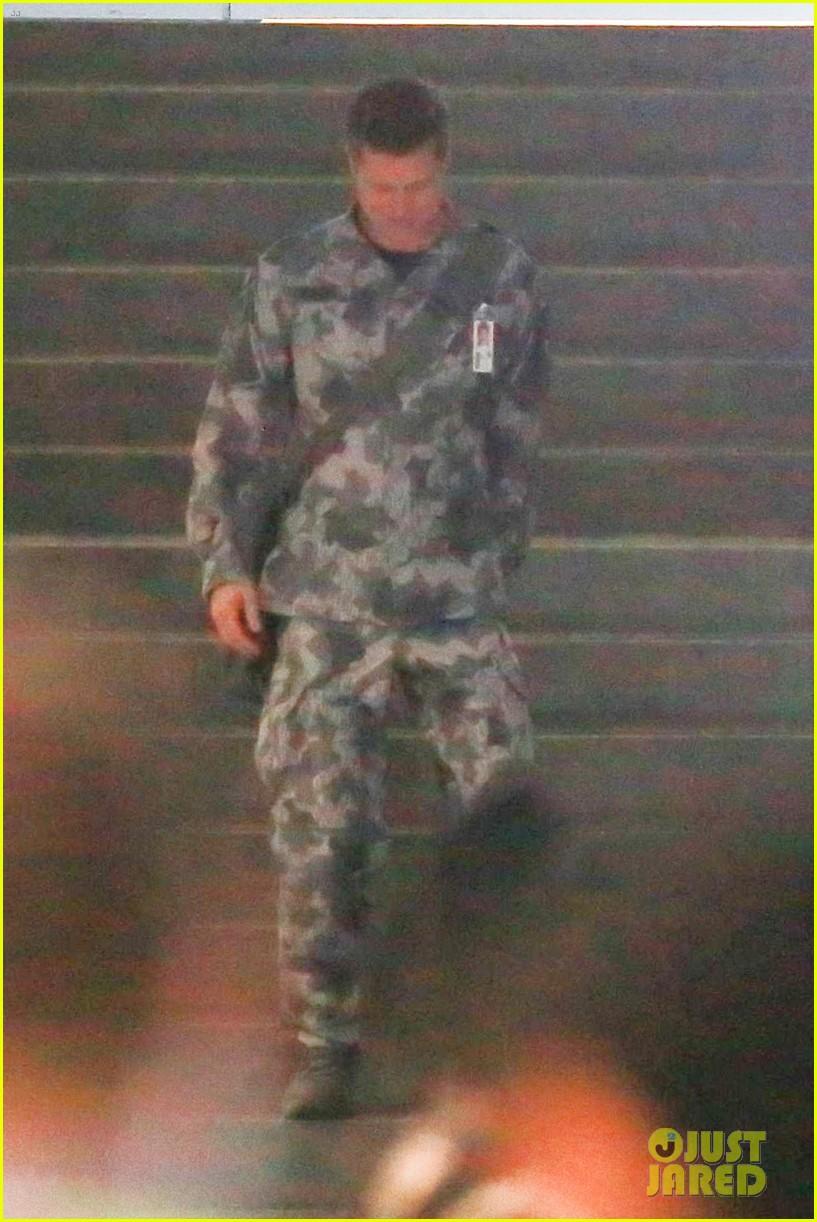 brad pitt dons army uniform for new mvie ad adstra 023943474