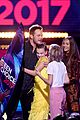 chris pratt wins choice sci fi movie actor at teen choice awards 2017 03