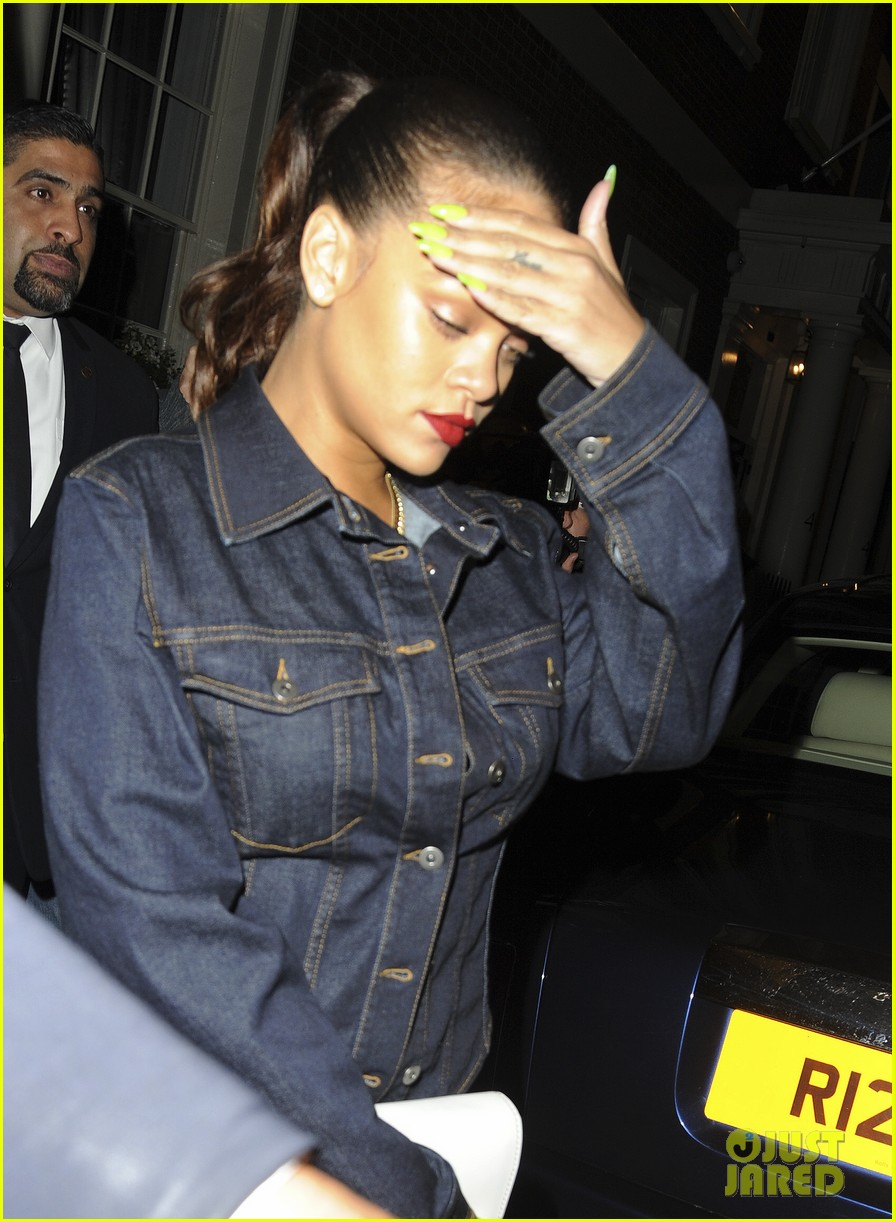 rihanna rocks denim on denim for dinner in london 043948354