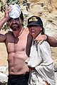 gerard butler shirtless on the beach 04