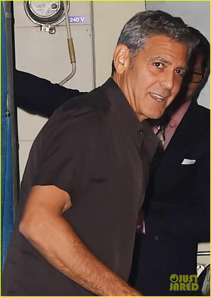 george clooney flahses his pearly whites during guys night out with rande gerber 023958887